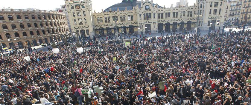 LA PROTESTA MAS MASIVA EN VALENCIA