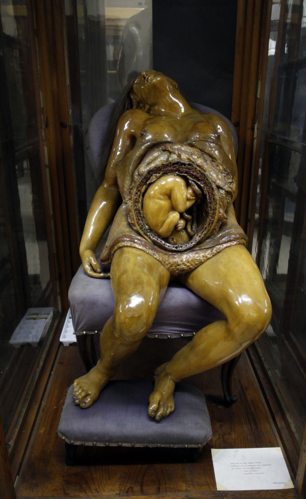 La parturienta da una lección de anatomía 1358011079_190249_1358185313_noticia_grande