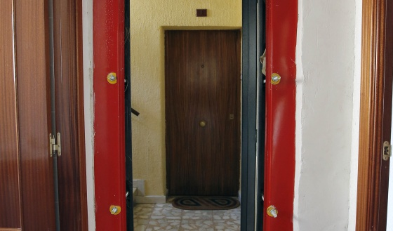 Puertas blindadas antiokupas madrid el pa s - Puertas de pisos ...