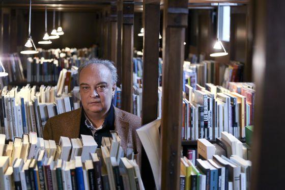 Enrique Vila-Matas, Fotoğraf: Consuelo Bautista (El Pais)
