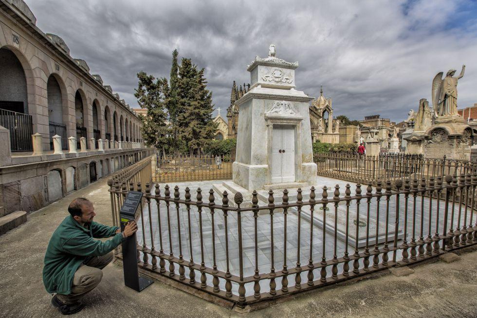 Fotos nueva vida para el arte funerario catalu a el pa s for Arquitectura funeraria