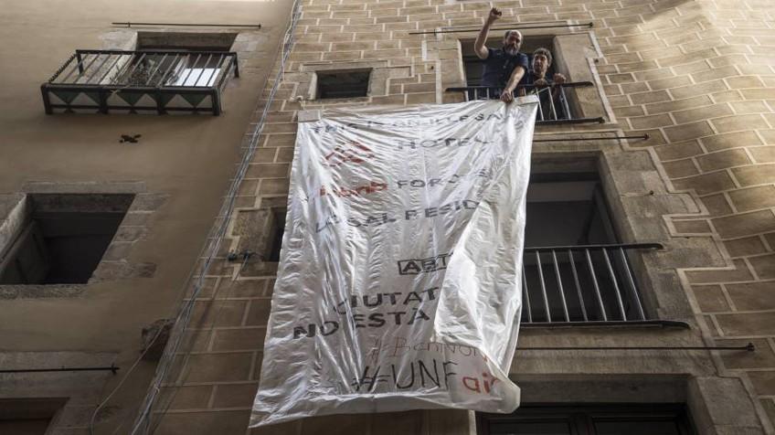 V deo as se alquila y se denuncia un piso tur stico - Pisos turisticos barcelona ...