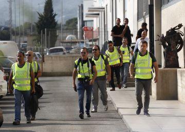 La Guardia Civil registra la redacción de un semanario de Valls en busca de material del referéndum