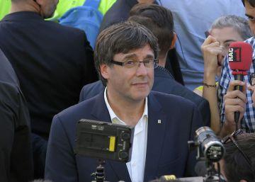 """Puigdemont lamenta que Rajoy diga que """"no puede y no quiere"""" hablar sobre el referéndum en Cataluña"""