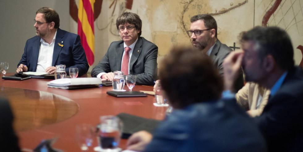 Puigdemont descarta elecciones y deja vía libre a la aplicación del artículo 155