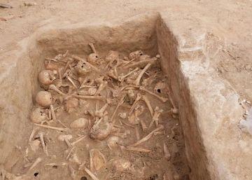 Hallados 90 cráneos en un solar de la calle de Atocha