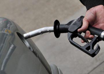 El jueves negro ya se nota; la gran distribución baja el diésel a menos de un euro el litro