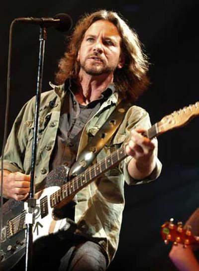 Eddie Vedder, líder de Pearl Jam, en un concierto en Madrid en septiembre de 2006