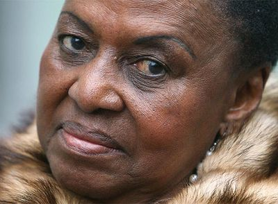 Miriam_Makeba_despide_escenarios R.I.P. Miriam Makeba - Goodbye Mama Afrika we shall surely miss you