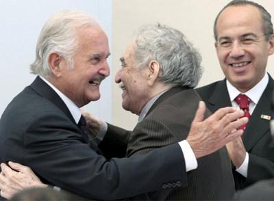 http://www.elpais.com/recorte/20081117elpepucul_17/LCO340/Ies/Emotivo_homenaje_Carlos_Fuentes.jpg