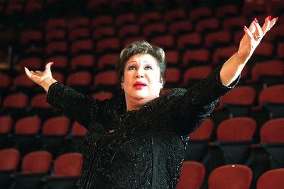Muere Olga Guillot, la reina del bolero Reina_bolero