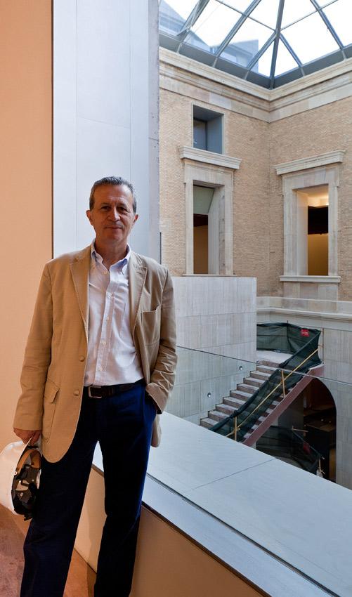 El arquitecto Juan Pablo Rodríguez Frade ha sido el encargado de realizar la restauración del Museo Arqueológico. Rodríguez Frade es Premio Nacional de Restauración, y entre otras obras ha realizado la restauración del palacio de Carlos V en Granada. LINDE ILEX