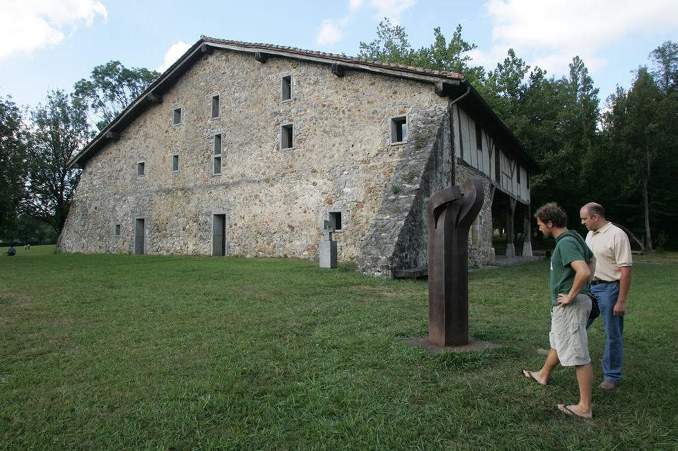 Jardín y Museo de Chillida-Leku, en Hernani. JESÚS URIARTE | 01-12-2010