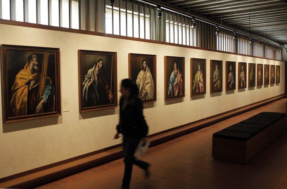 El museo cuenta con un mejorado itinerario de visita alrededor de la figura de El Greco, con el fin de dar a conocer su vida y las etapas fundamentales de su formación artística, presentando sus obras en el contexto histórico y cultural del Toledo de su tiempo. GORKA LEJARCEGI
