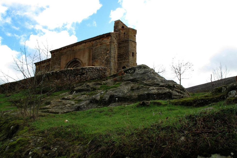 Románico sobre roca