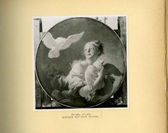 Fotografía de un cuadro de Fragonard de los archivos de obras de arte robadas de Hitler. / MONUMENT MEN FOUNDATION