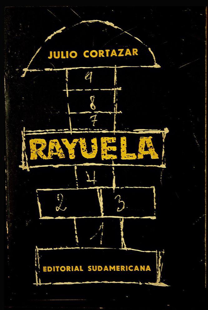 """Portadas de """"Rayuela""""."""