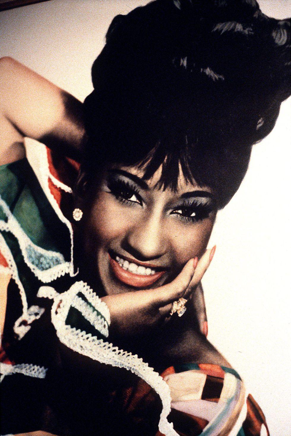 Celia Cruz - Ampliar imagen