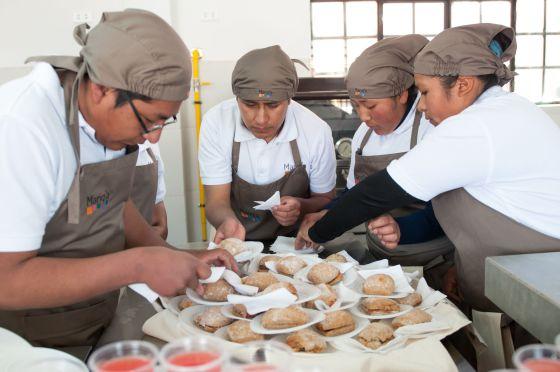 La cocina de el alto se llama manq a cultura el pa s for Llama en la cocina