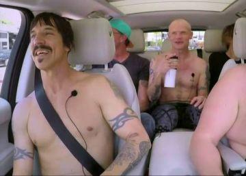 Red Hot Chili Peppers se desnudan en televisión