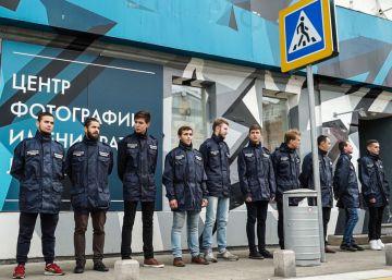 Una muestra de Jock Sturges en Moscú, cerrada por acusaciones de ?pornografía infantil?