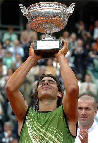 Nadal vuelve a humillar a Federer. Tenis
