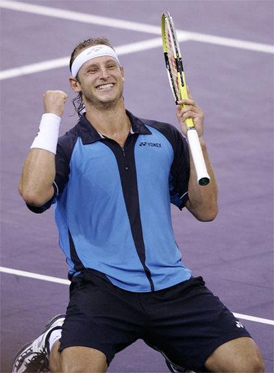 Parece imparable David_Nalbandian_celebra_victoria