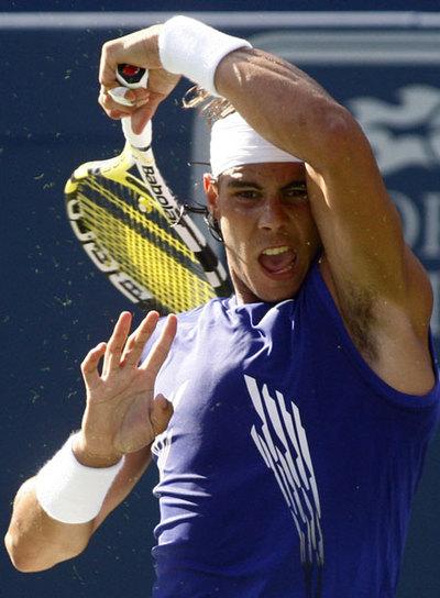 Photos et vidéos de Rafael Nadal - Page 2 20080724elpepudep_1