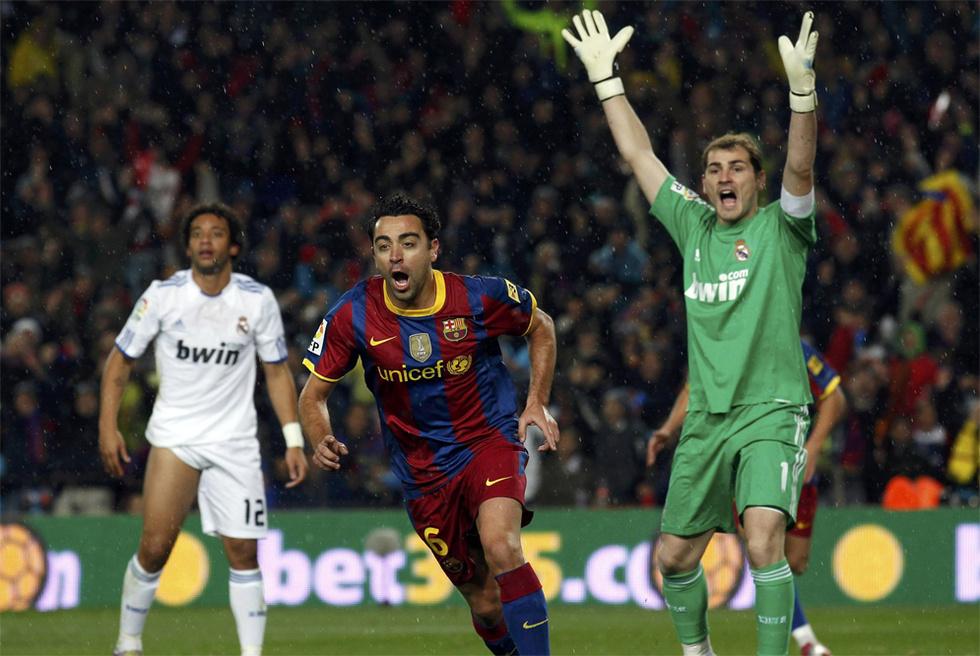 El clásico, en fotos  - Protestas de Casillas