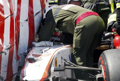 SERGIO PEREZ SUFRE UN FUERTE ACCIDENTE EN LA Q3 Sergio_Perez_atrapado