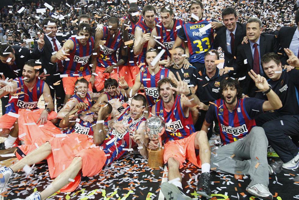 El campeón, en fotos  - Festejando el título