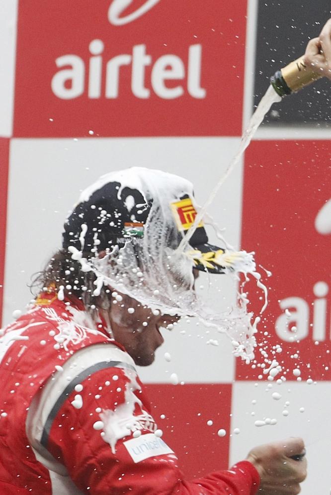 El primer GP de India en imágenes  - Alonso disfruta del podio