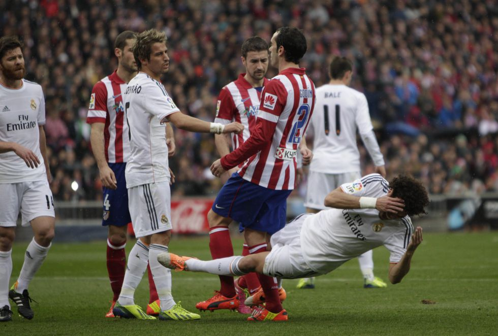 1393775861 410770 1393781204 album normal The best pictures from the red hot Madrid derby   Atletico 2   Real 2