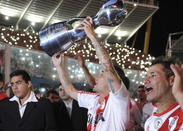 River suma una nueva copa a sus vitrinas en una final con siete goles