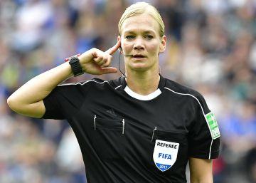 Bibiana Steinhaus hace historia en la Bundesliga