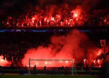 La UEFA expedienta al PSG por las bengalas ante el Madrid
