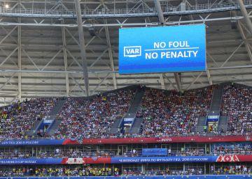 ¿Cómo habrían sido los octavos del Mundial si no existiera el VAR?