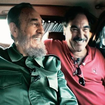 http://www.elpais.com/recorte/20030413elpepspag_1/XXLCO/Ies/Fidel_Castro_Oliver_Stone_durante_rodaje_Comandante.jpg