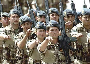 Tengo algunas dudas sobre el comunismo, ayuda! Ejercito_Espanol_Irak