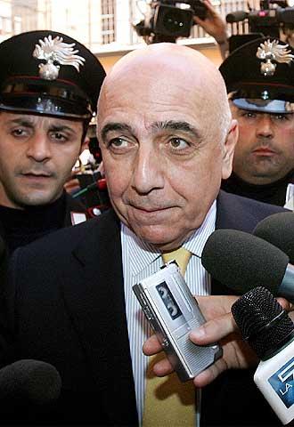 مزيكاتوداي الرياضية 7.4.2011 Galliani_vicepreside