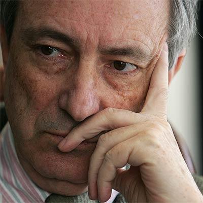 Jorge Dezcallar premiado por desinformar al PP sobre el atentado del 11M