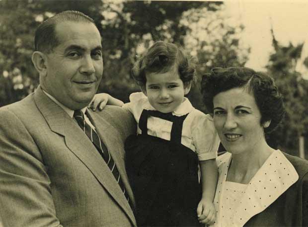 hallado un diario sobre el Holocausto de una adolescente... Yaacov_Laskier_padre_Rutka_hija_Zahava_mujer