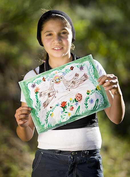 Rebecca Covaciu, una niña rumana de 12 años y etnia romaní