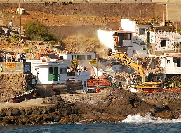 Home demolitions, Cho Vito, Tenerife, Spain, Ley de Costas