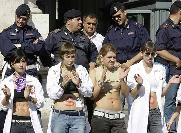 Protesta contra la 'reforma Gelmini' en Italia