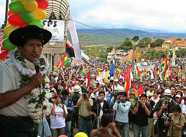 El presidente Evo Morales durante un mitin en Blogs de YAAQUI