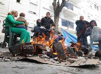 Vecinos desempleados de Almanjáyar y sus familias- M. ZARZA