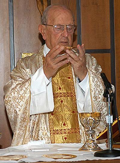 Marcial Maciel, fundador de los Legionarios de Cristo