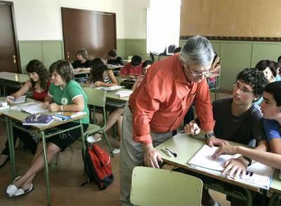 Un profesor imparte Educaci�n para la Ciudadan�a
