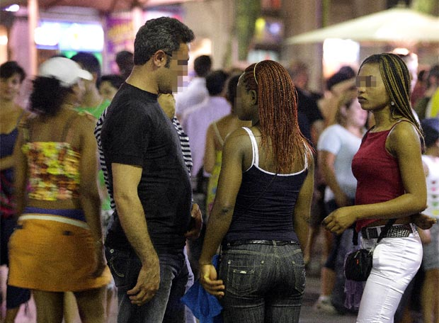 es legal la prostitución prostitutas en la palma